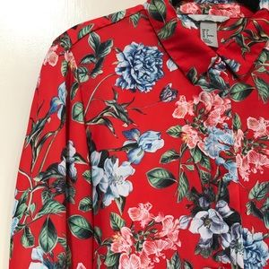 H&M Red, Blue, Green Floral Button Down Blouse Top